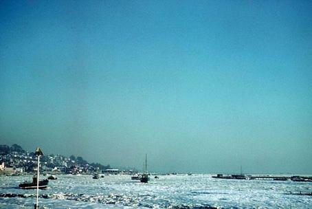 Sea ice in the thames estuary